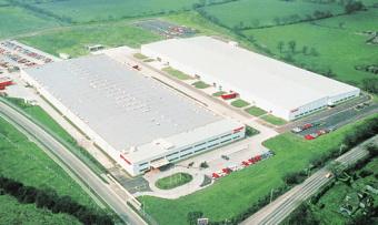 シャープは英国生産拠点の太陽電池年間生産能力を500MWに拡大